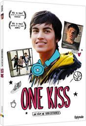One kiss / Ivan Cotroneo, réal., aut. adapté, scénario | Cotroneo, Ivan. Metteur en scène ou réalisateur. Antécédent bibliographique. Scénariste